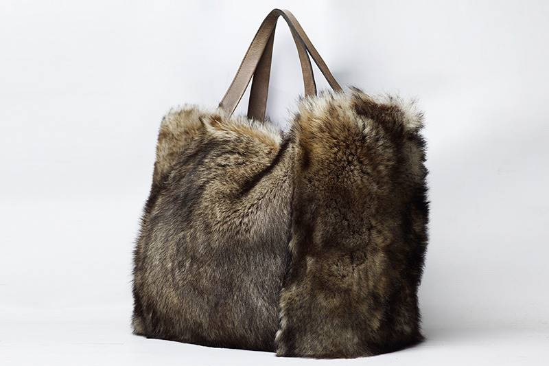 Big brown fur bag